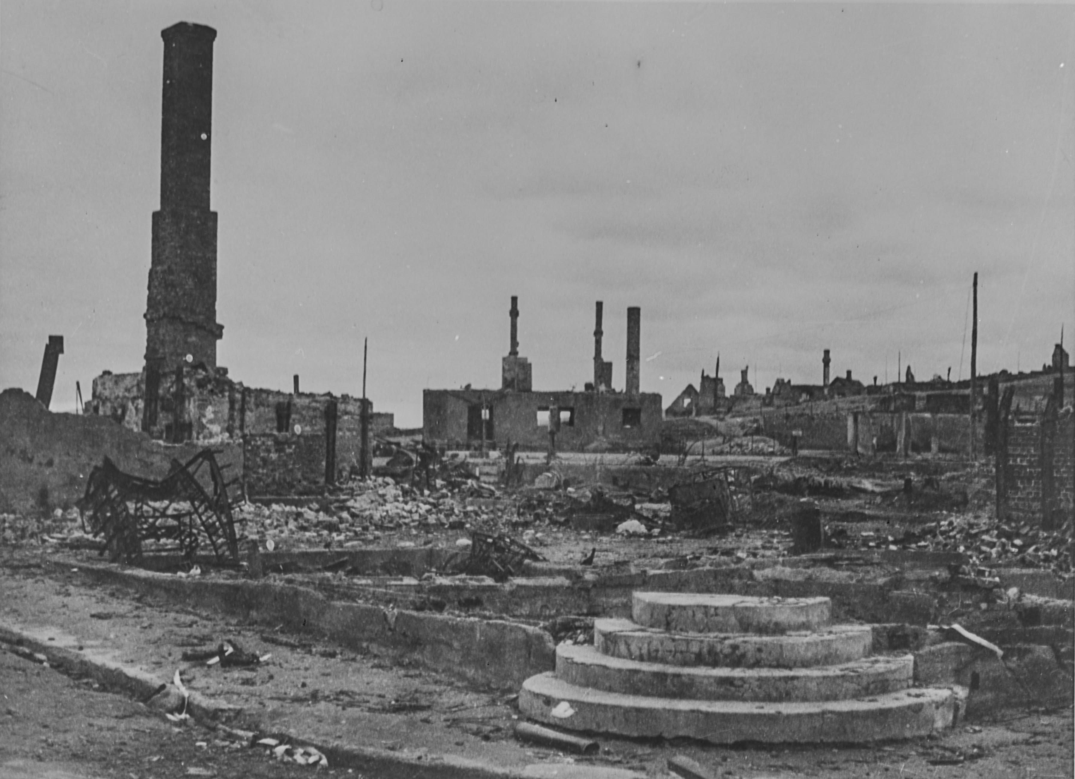 Nord-Norge i ruiner under tyskernes retrett