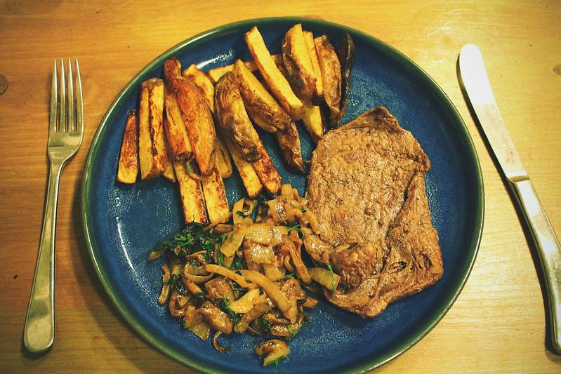 Steak and Blue Cheese Gousto box 3