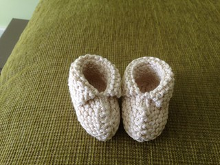 2015-04-18 Baby booties for Maz