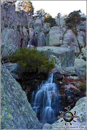 Cascadas en P.N. Laguna Negra y Circos Glaciares de Urbión, Soria. España.
