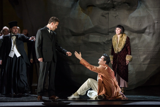 Alan Ewing, Mariusz Kwiecień, Saimir Pirgu, and Georgia Jarman in Król Roger © ROH. Photograph by Bill Cooper, 2015