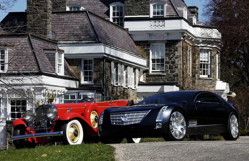 New Cadillac Sixteen - 2003 NAIAS Concept Car Of The Year