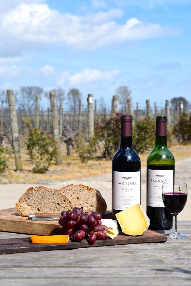 Red Wine from Barnsole Vineyard, Staple | www.rachelphipps.com @rachelphipps