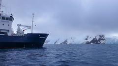 Polar Pioneer w Zatoce Admiralicji - płyniemy
