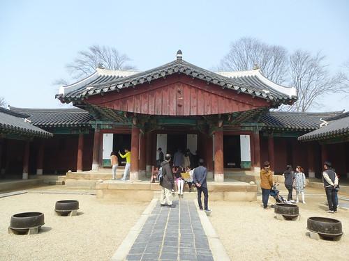 Co-Jeonju-Hanok-Gyeonggijeon (14)