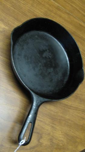 MI00196 - Griswold Pan