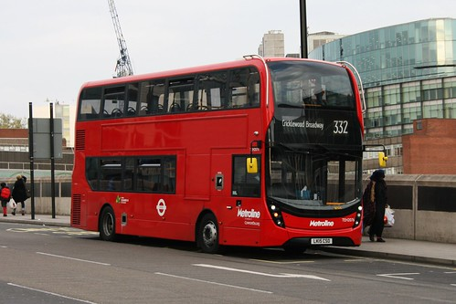 Metroline TEH2076 on Route 332, Paddington