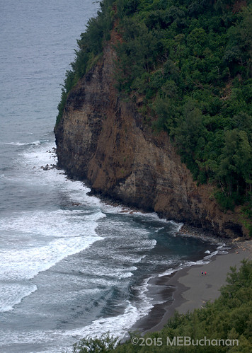 black beach hawaii sand valley bigisland overlook pololu