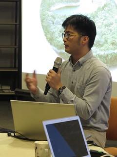 林子皓透過鯨豚錄音,帶領聽眾「竊聽海洋」;圖片提供:范欽慧。
