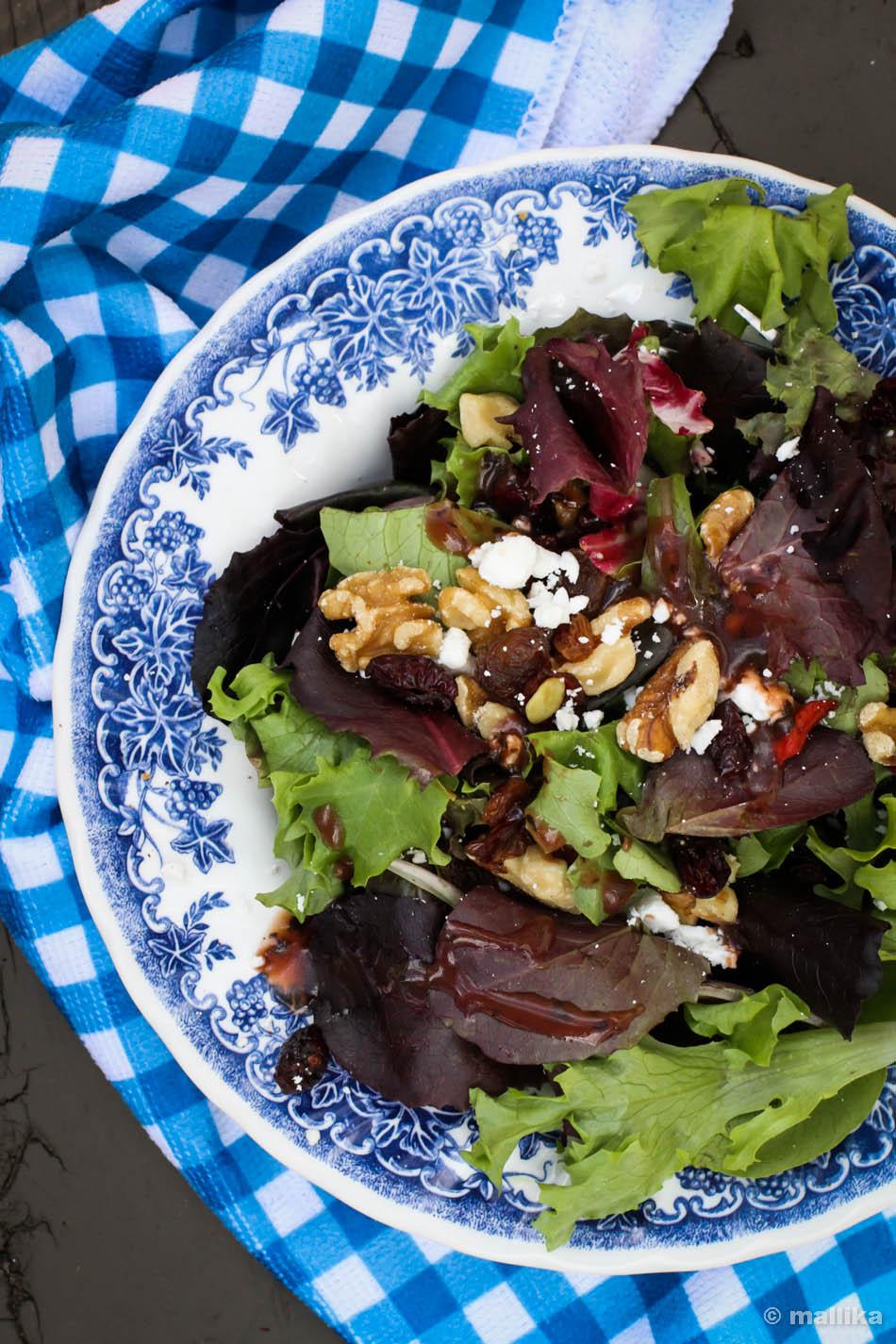 Oakleaf Greens Salad-1