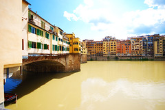 Ponte Vecchio and the Arno, Florence, Italy