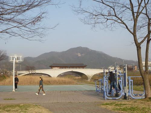 Co-Jeonju-Hanok-Pont Namcheon (8)