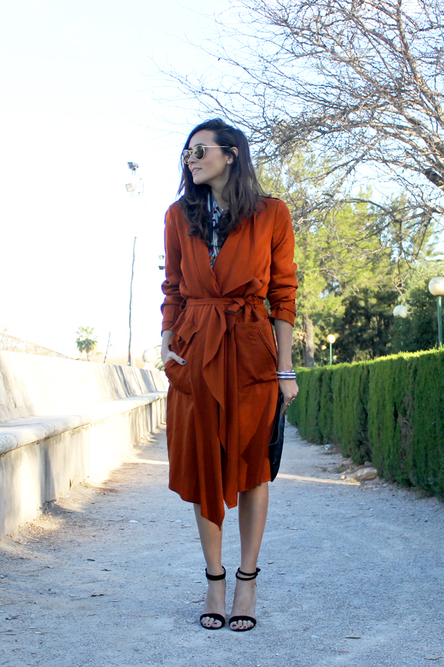 orange coat coohuco 10