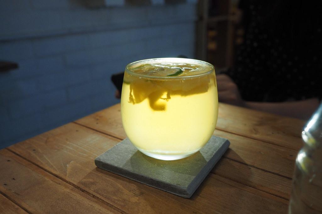 台南凰商號、鳳梨冰茶