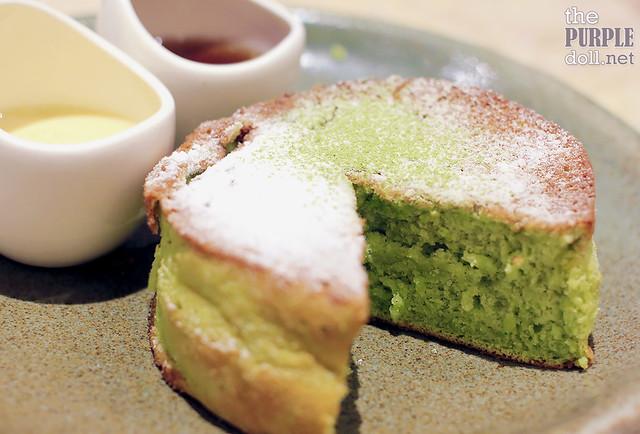 Matcha Souffle Pancake (P180)