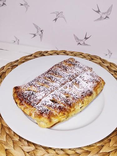 01-hojaldre-manzana-níspero-pasas