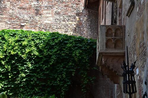Juliet's Balcony & Courtyard