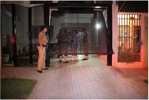 assalto casa policial