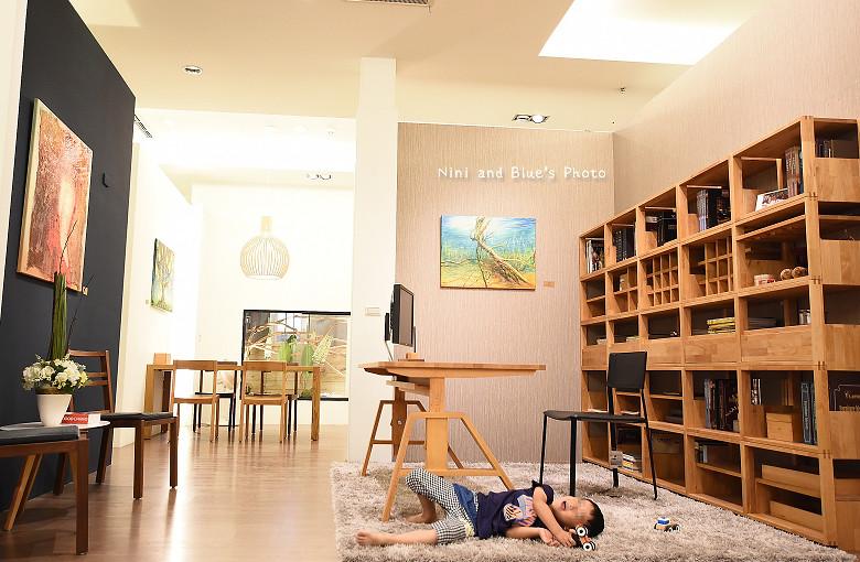 台中環中路家具沙發廚具系統櫃傢櫥周旻虹畫展17