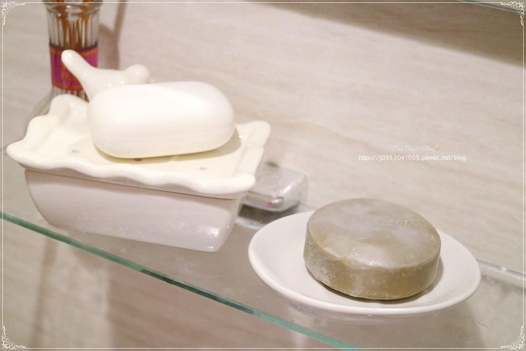 VERNAL唯娜露日本潔顏皂 (35)