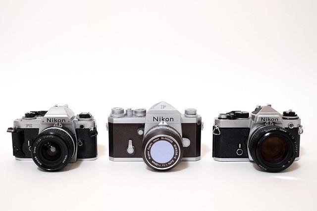 Nikon F Papercraft-1