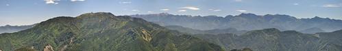 遠眺聖稜線@加里山