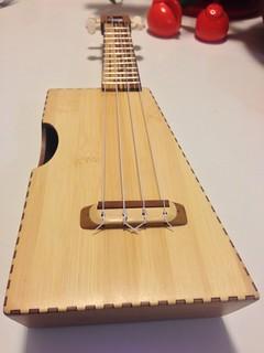 Dual-tone bamboo ukulele