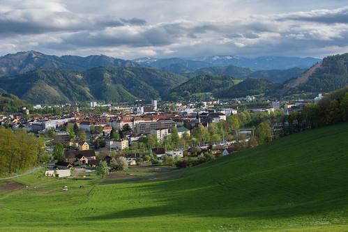 panorama green clouds montagne landscape austria spring hills prairie paysage extérieur colline montains colonne styre leoben steinmark