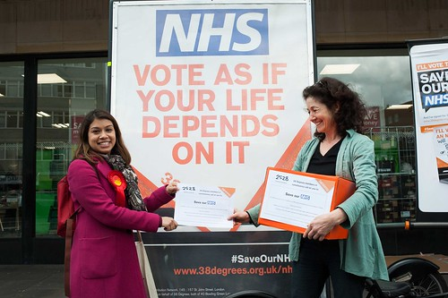 Hampstead and Kilburn NHS petition hand-iny Rd NHS Small47