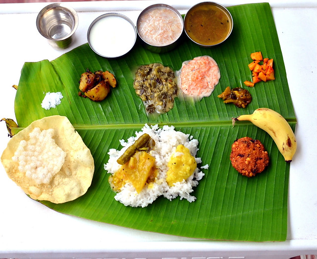 South indian full meals lunch menu for guests thalai vazhai ilai south indian meals forumfinder Gallery