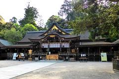 Photo:Omiwa Shrine, Haiden (Worship Hall) -1 (May 2016) By Tetsuhiro Terada