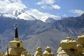 Indien, Trekkingreise Ladakh, Der Stok Kangri, 6150 m, aus dem Tal von Leh. Foto: Archiv Härter.