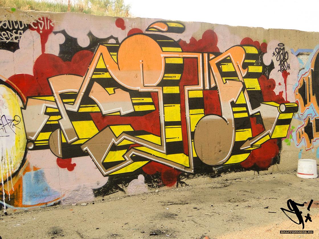 06-20130629_etal180_graffiti_painting_in_salajan-bucharest-grafformers_ro