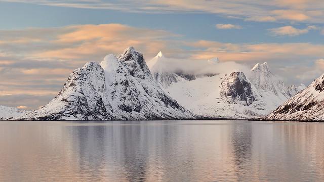 Kjerk-fjorden #2 ~ Reine [ Îles Lofoten ~ Norvège ]