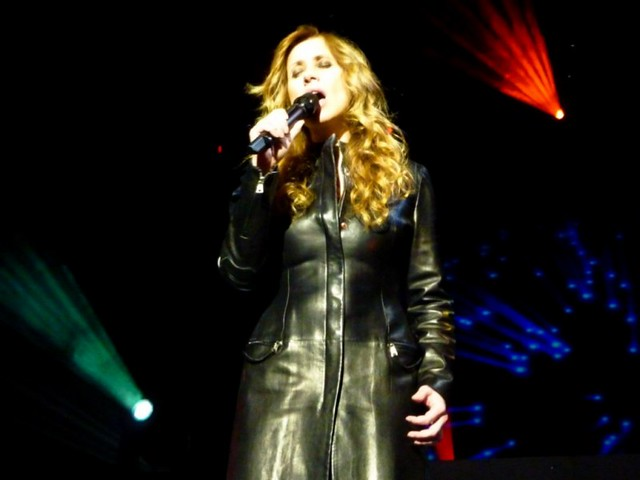 Lara Fabian - Toutes les Femmes en Moi font leur Show - Zénith, Dijon (2010)