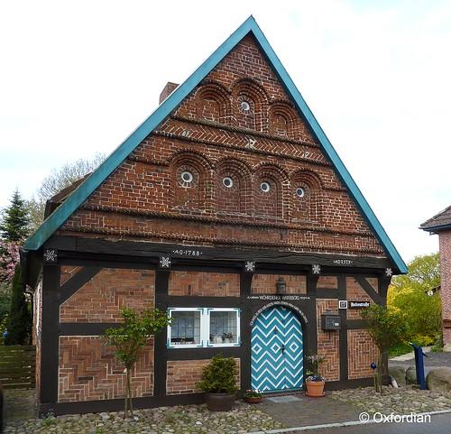 Woehrden - Materialienhaus