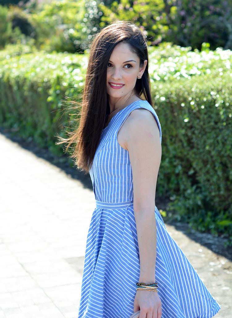 Zara_abaday_como_combinar_ootd_outfit_vestido_rayas_nude_06