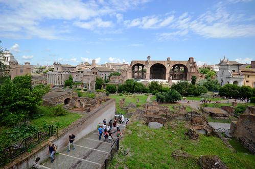 Basilica of Maxentius 02