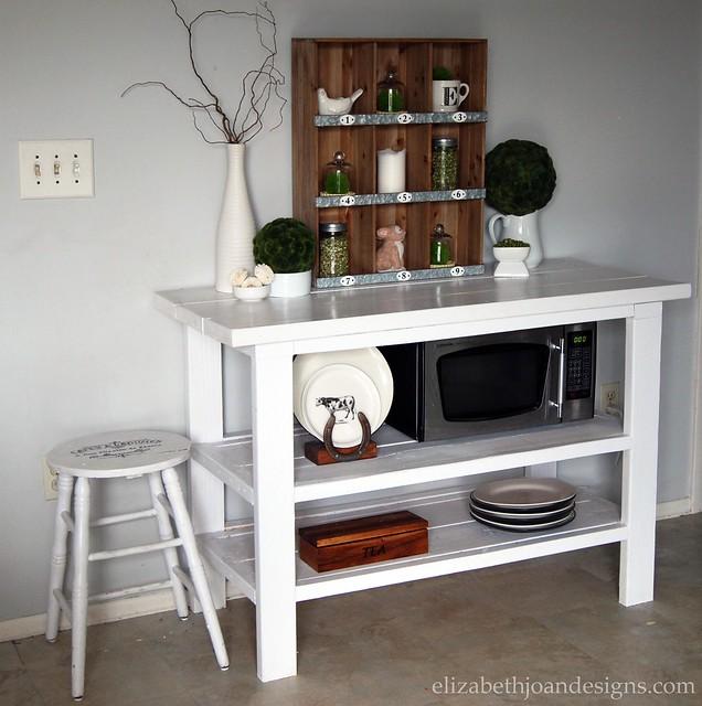 Buffet-Shelf Table