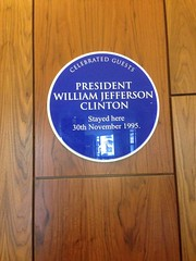 Photo of William Jefferson Clinton blue plaque