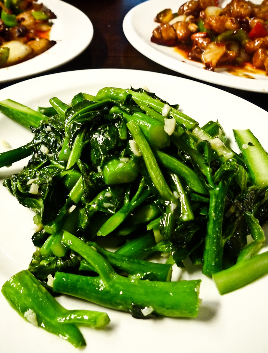 Brocolli-with-garlic,-My-Old-Place,-Chinese-Restaurant,-London
