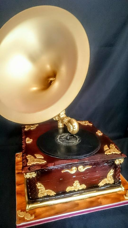 1930s Style Gramophone by Karen Mitchell‎