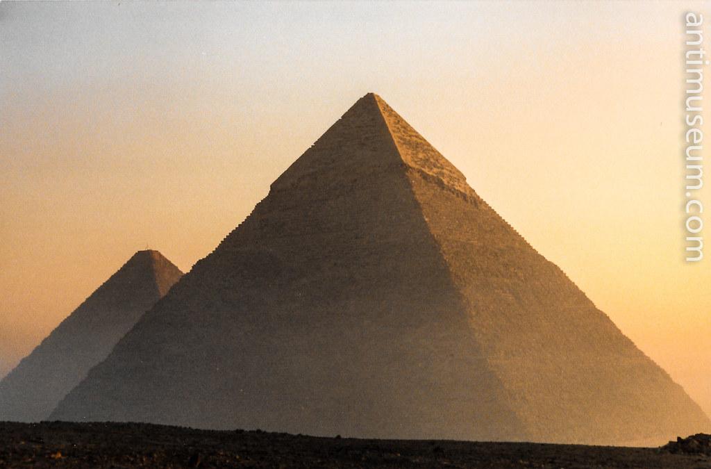 pyramide-2.jpg