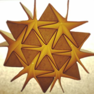 Star 3D tessellation (from Tomohiro Tachi paper on generalizing Resch' patterns). One uncut piece of paper. #origami