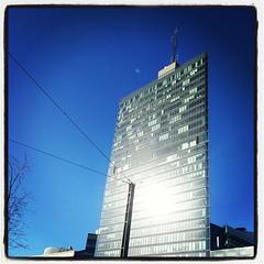 Sol på #KistaScienceTower - har varit ute och sagt adjö till Kista Entré eftersom kontoret flyttar. Bye bye!
