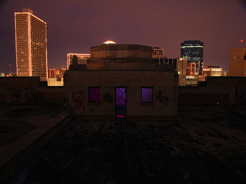old light urban lightpainting abandoned rooftop night canon atardecer noche texas view artistic top decay tx urbandecay historic artsy nighttime forgotten urbanexploration artdeco dfw fortworth ue unedited urbex 2015 metroplex noeditado t4i sooc texasandpacific tandp deeashley dionnehartnett