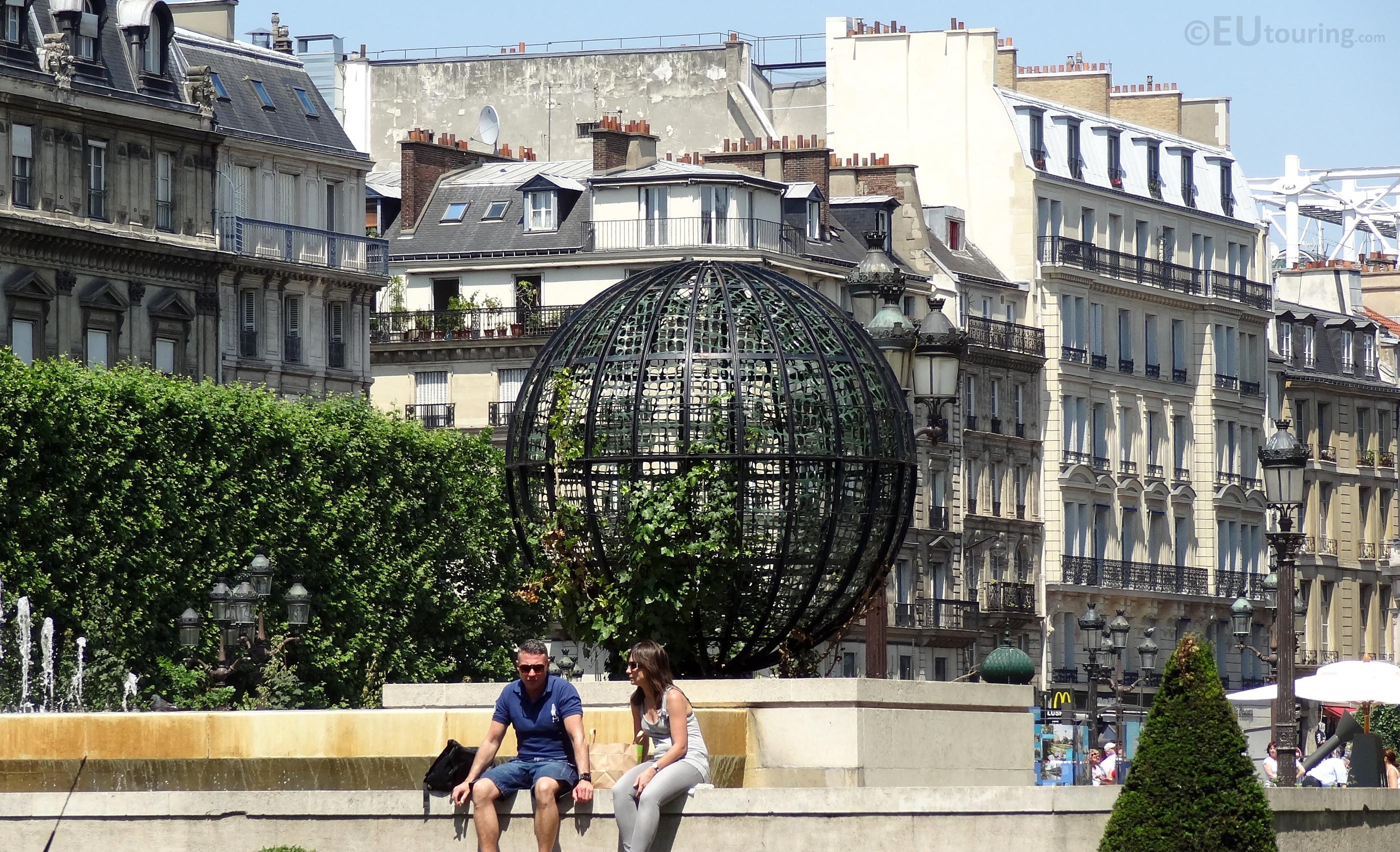 Place de l'Hotel de Ville square