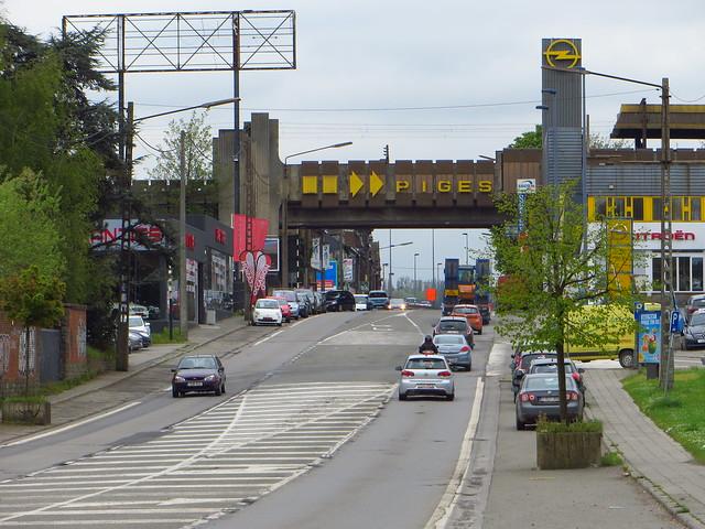 20150427 Charleroi, Chaussée de Bruxelles - MLC-station Piges