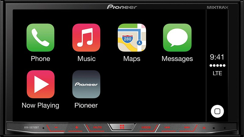 AVH-X8750BT with Apple CarPlay