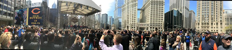 Panoramic photo of Dick Butkus at #NFLdraft in Chicago